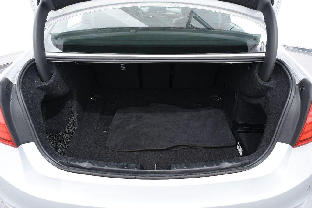 2015 BMW 3 Series 320i xDrive - 17910535 - 18