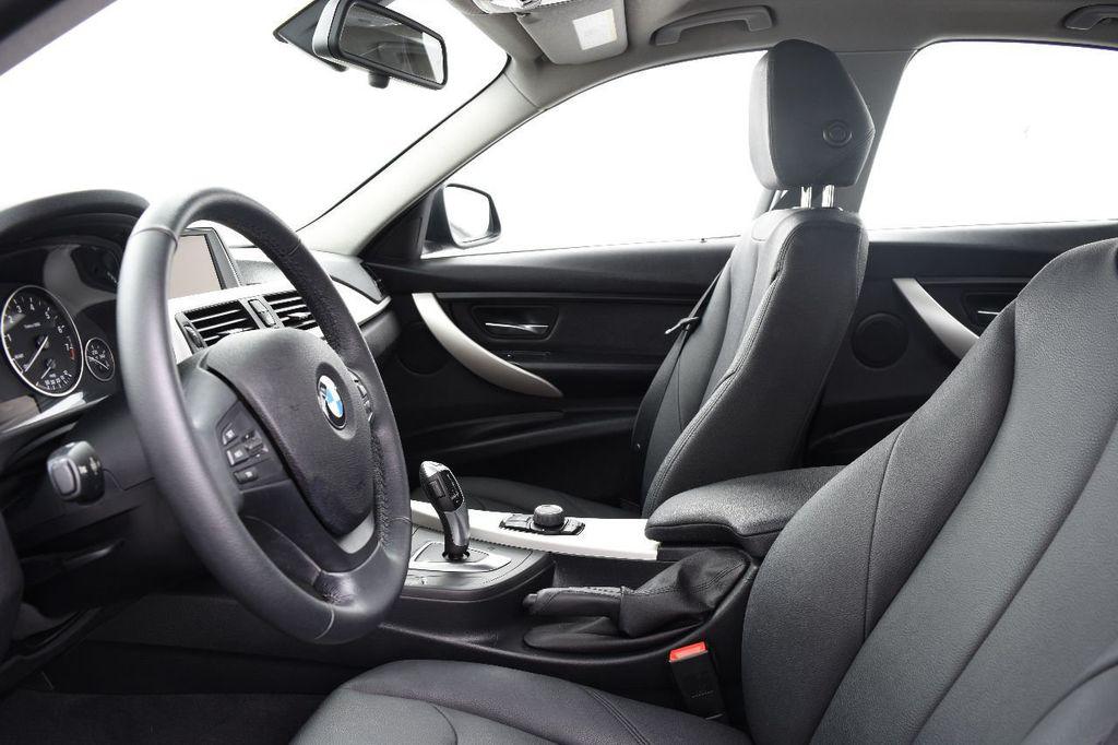 2015 BMW 3 Series 320i xDrive - 17910535 - 22
