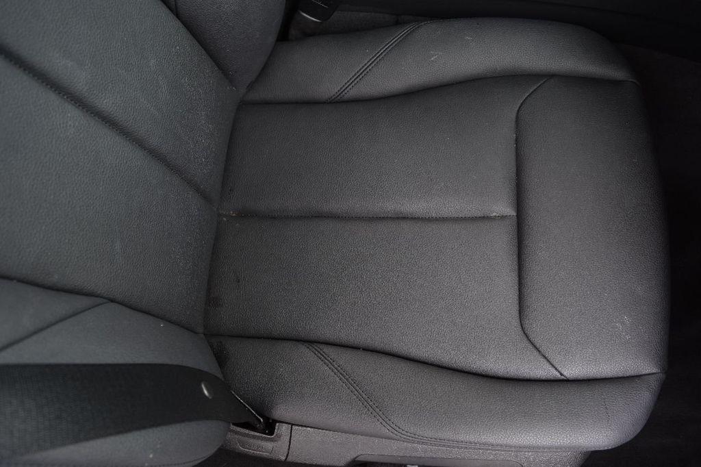 2015 BMW 3 Series 320i xDrive - 17910535 - 42