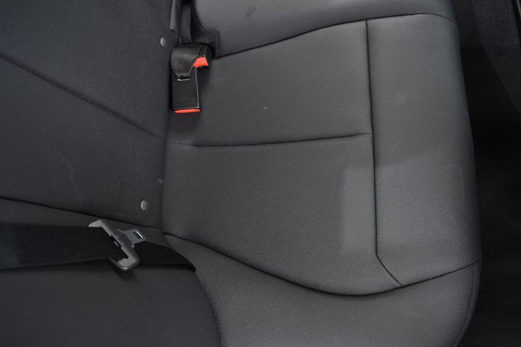 2015 BMW 3 Series 320i xDrive - 17910535 - 44