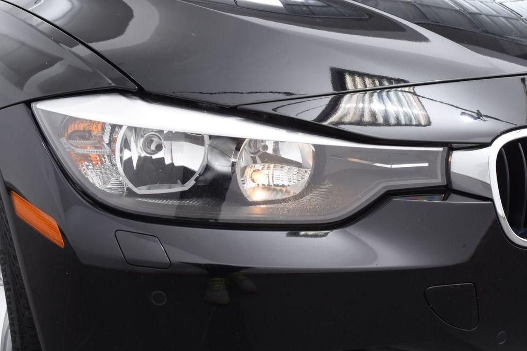 2015 BMW 3 Series 320i xDrive - 18313453 - 12