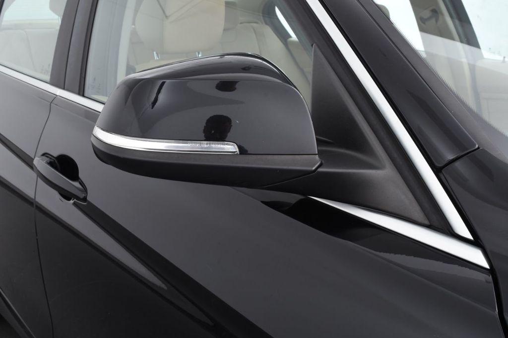 2015 BMW 3 Series 320i xDrive - 18313453 - 14