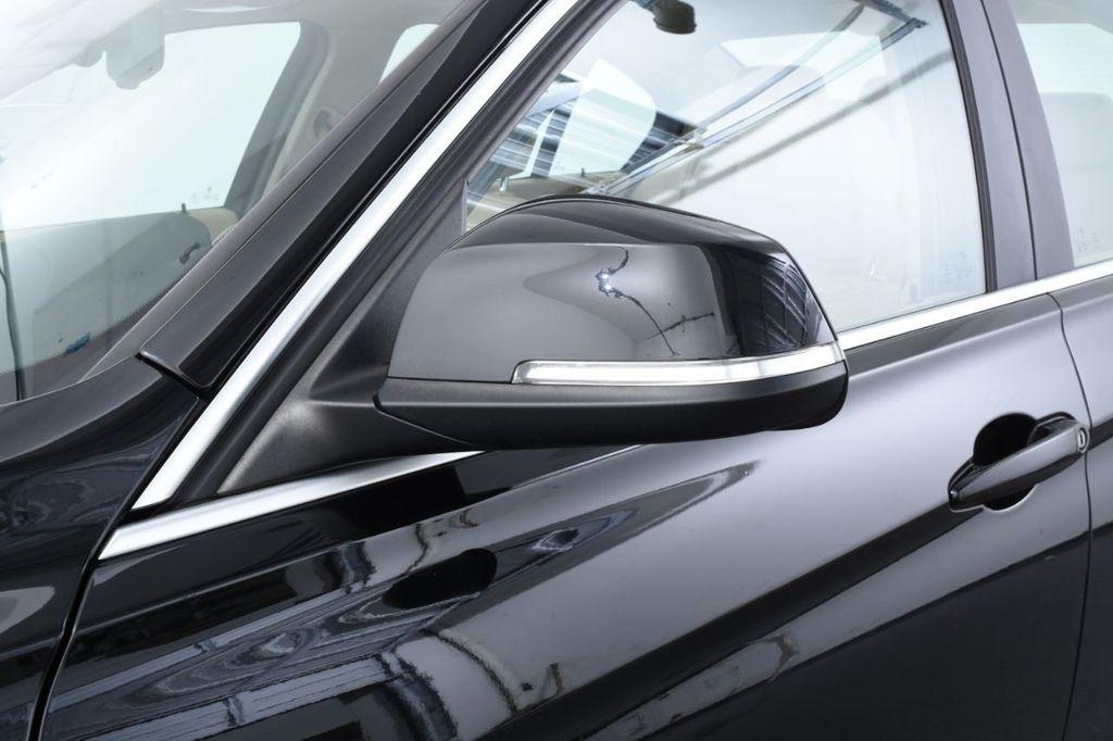 2015 BMW 3 Series 320i xDrive - 18313453 - 15
