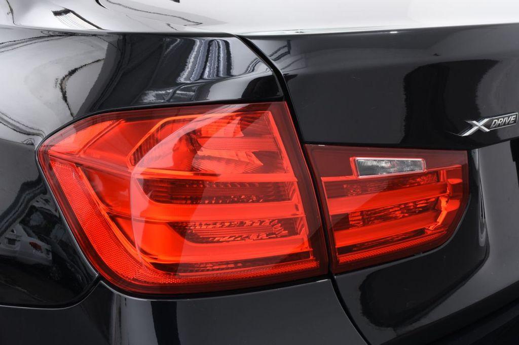 2015 BMW 3 Series 320i xDrive - 18313453 - 16