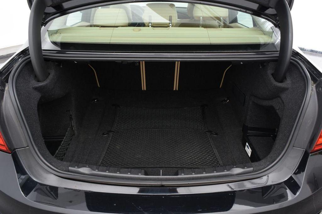 2015 BMW 3 Series 320i xDrive - 18313453 - 19