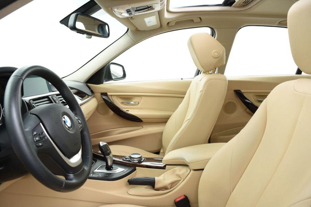 2015 BMW 3 Series 320i xDrive - 18313453 - 23