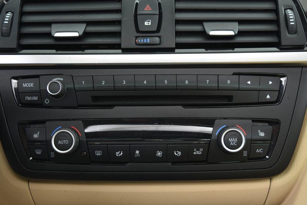 2015 BMW 3 Series 320i xDrive - 18313453 - 34