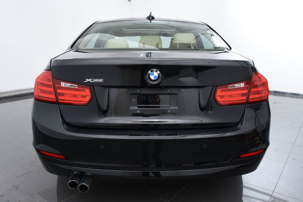 2015 BMW 3 Series 320i xDrive - 18313453 - 3