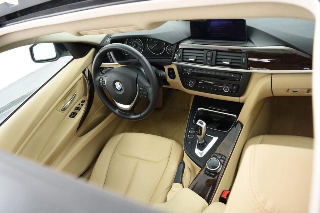 2015 BMW 3 Series 320i xDrive - 18313453 - 40