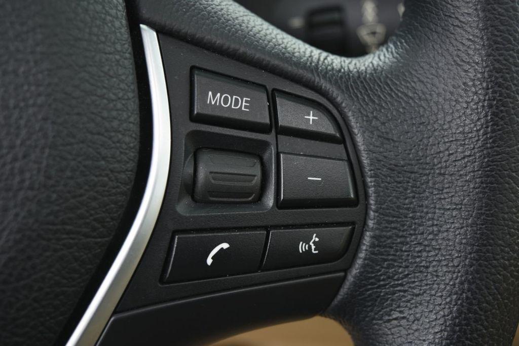 2015 BMW 3 Series 320i xDrive - 18313453 - 42