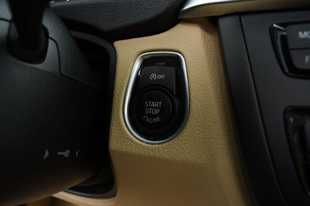 2015 BMW 3 Series 320i xDrive - 18313453 - 43