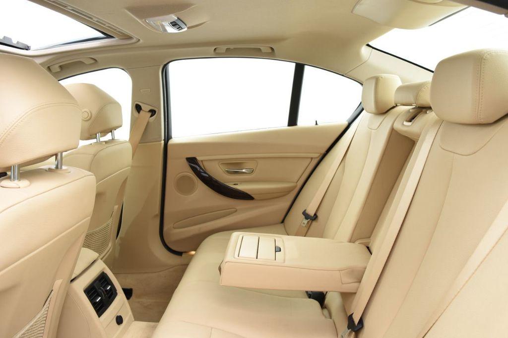 2015 BMW 3 Series 320i xDrive - 18313453 - 45