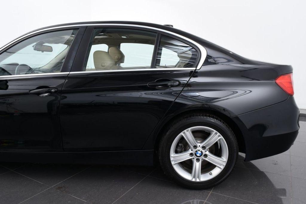 2015 BMW 3 Series 320i xDrive - 18313453 - 6