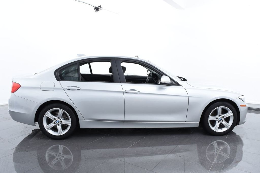2015 BMW 3 Series 320i xDrive - 18326850 - 11