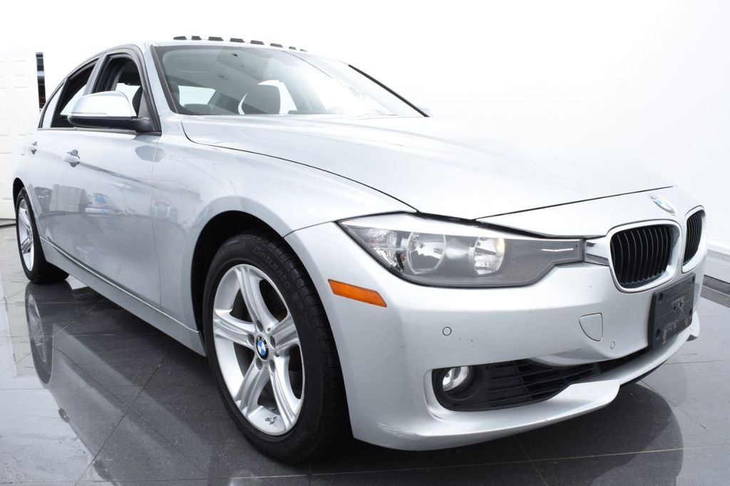 2015 BMW 3 Series 320i xDrive - 18326850 - 1