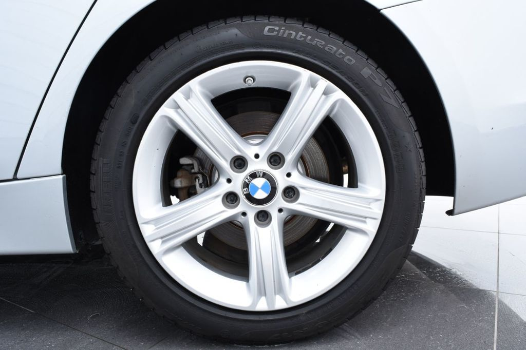2015 BMW 3 Series 320i xDrive - 18326850 - 19