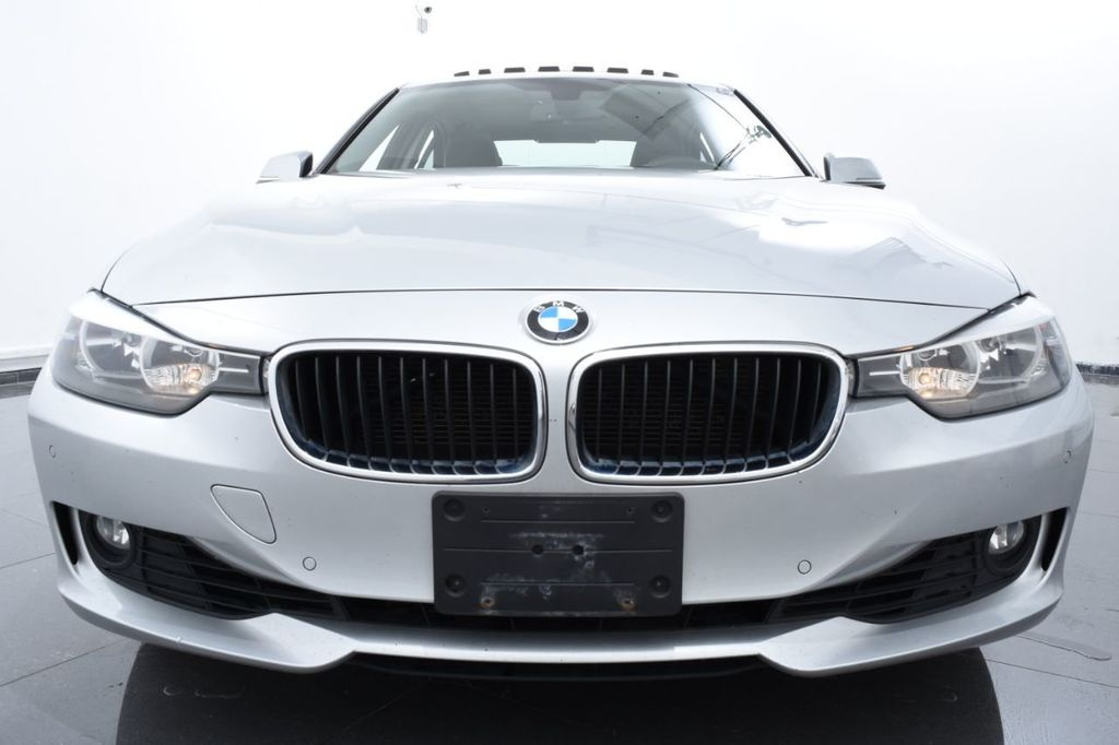 2015 BMW 3 Series 320i xDrive - 18326850 - 2