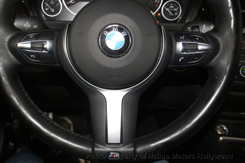 2015 BMW 3 Series 328i - 17362627 - 29