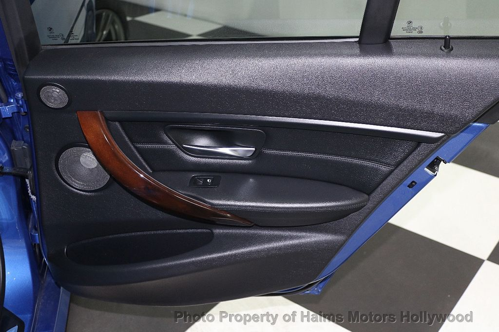 2015 BMW 3 Series 328i - 17823138 - 11