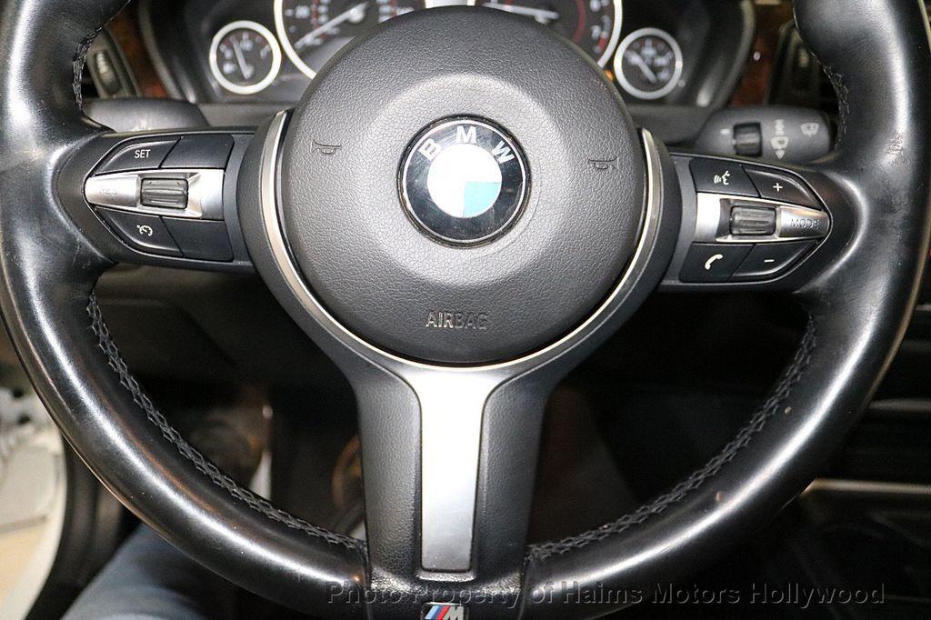 2015 BMW 3 Series 328i - 18365697 - 28