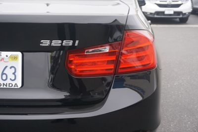 2015 BMW 3 Series 328i Sedan - Click to see full-size photo viewer
