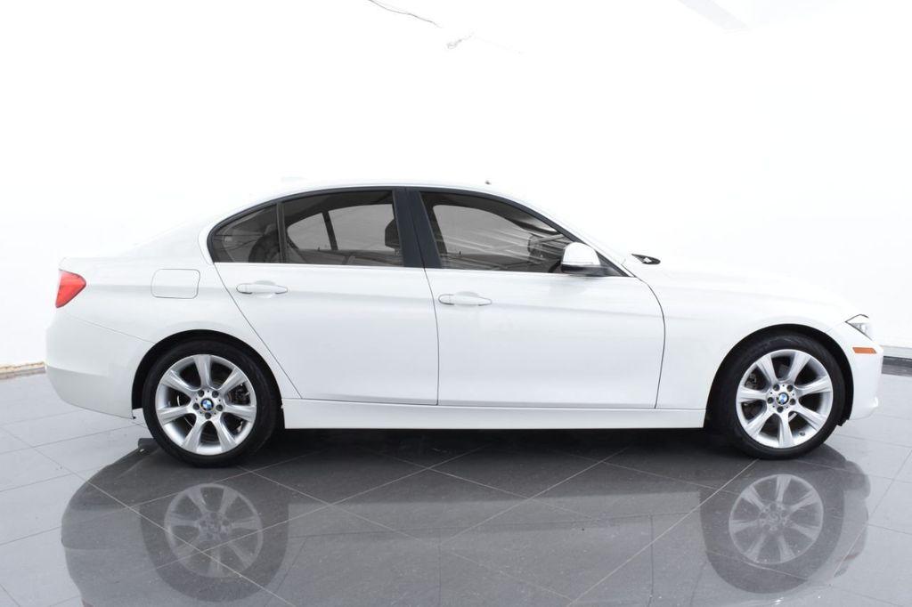 2015 BMW 3 Series 328i xDrive - 18346828 - 10