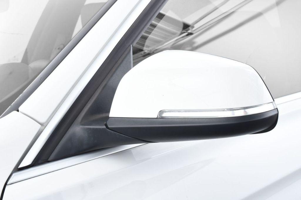 2015 BMW 3 Series 328i xDrive - 18346828 - 14