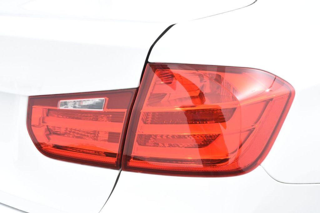 2015 BMW 3 Series 328i xDrive - 18346828 - 16