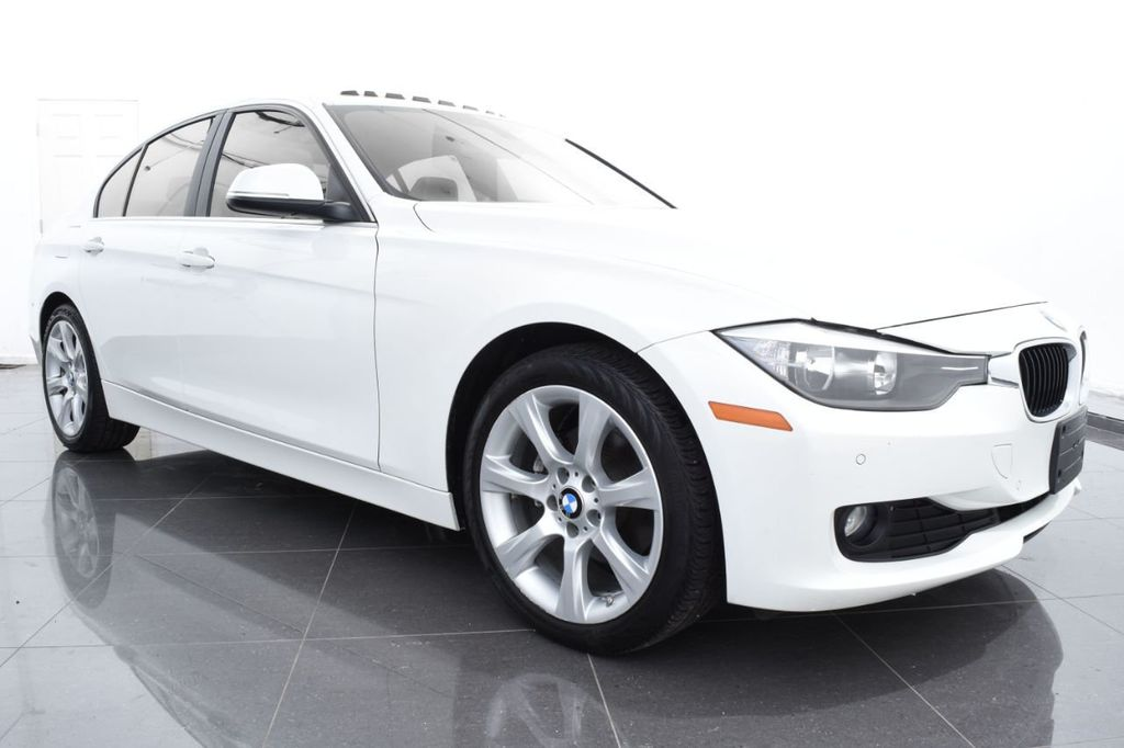 2015 BMW 3 Series 328i xDrive - 18346828 - 1