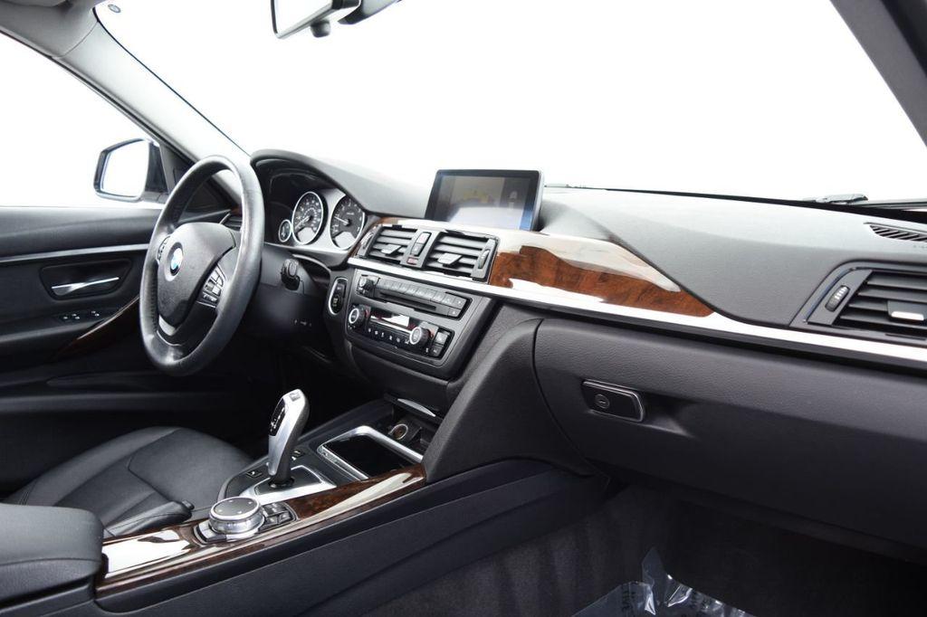 2015 BMW 3 Series 328i xDrive - 18346828 - 23