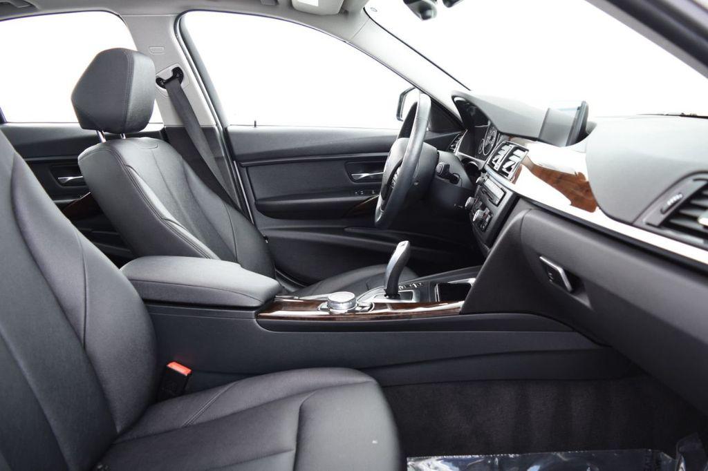 2015 BMW 3 Series 328i xDrive - 18346828 - 24