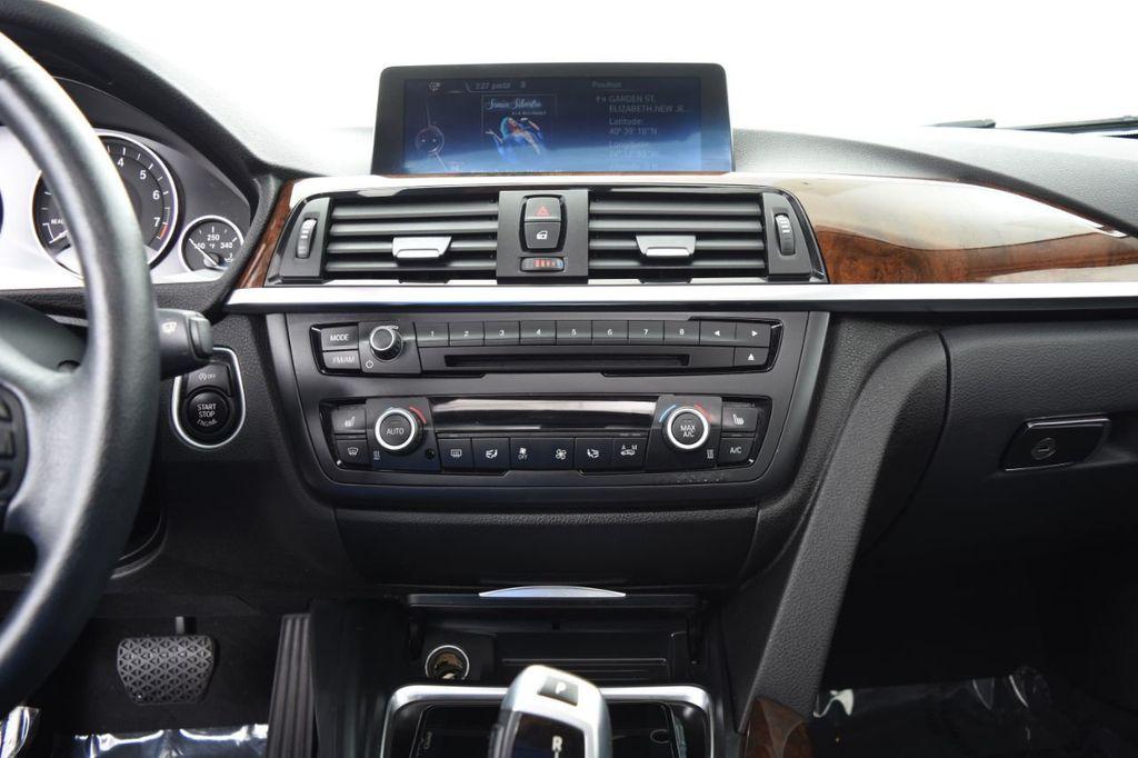 2015 BMW 3 Series 328i xDrive - 18346828 - 28