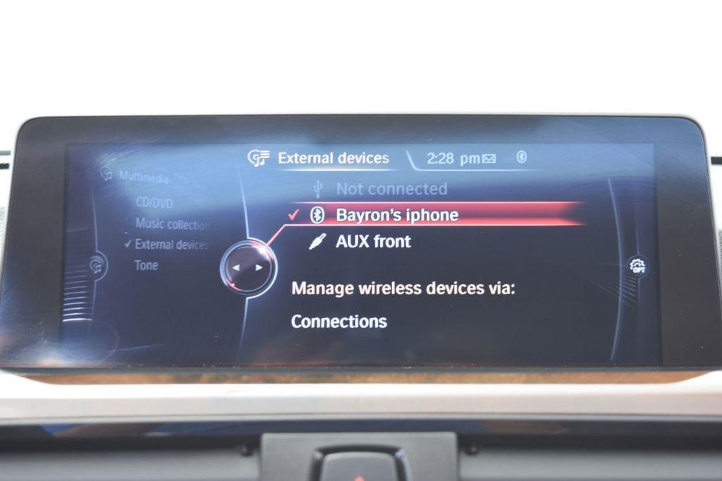 2015 BMW 3 Series 328i xDrive - 18346828 - 31