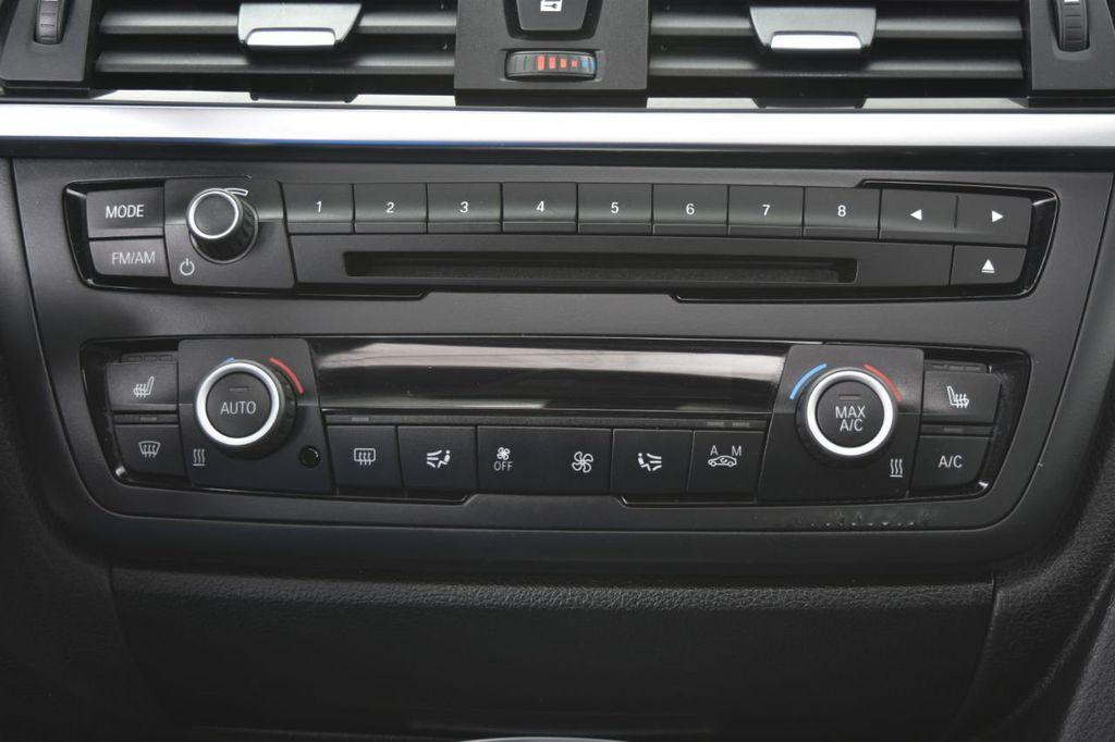 2015 BMW 3 Series 328i xDrive - 18346828 - 32