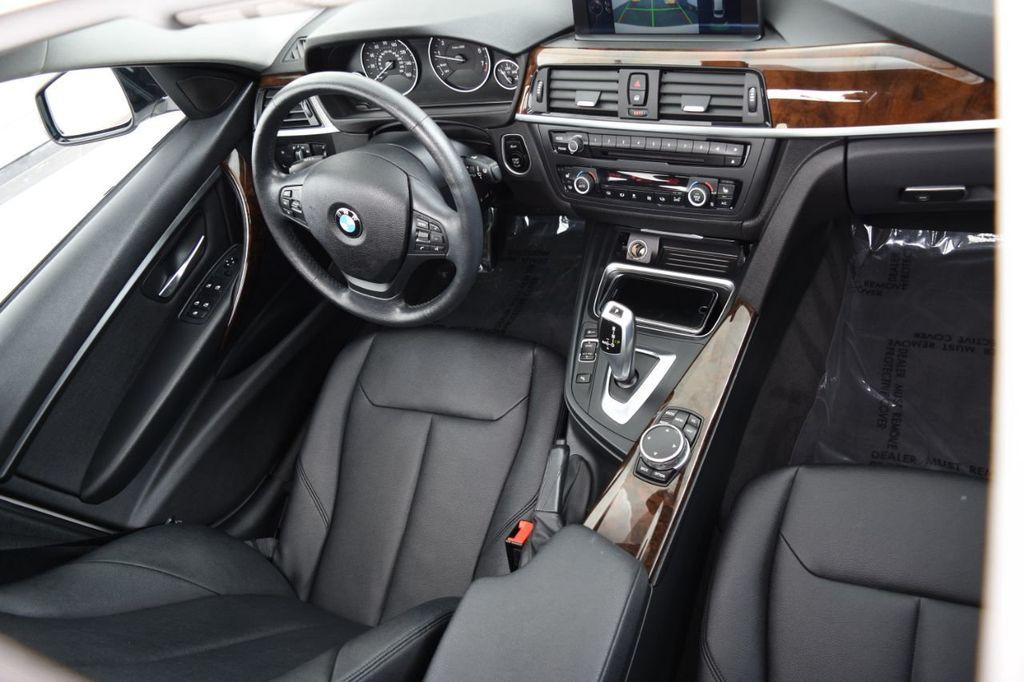 2015 BMW 3 Series 328i xDrive - 18346828 - 35