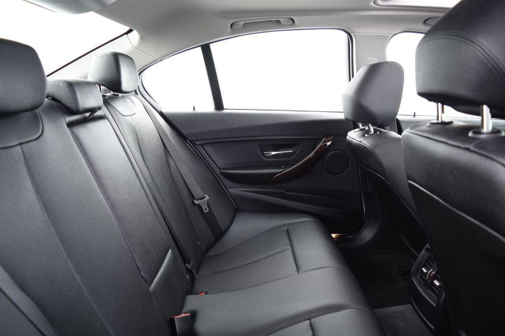 2015 BMW 3 Series 328i xDrive - 18346828 - 40