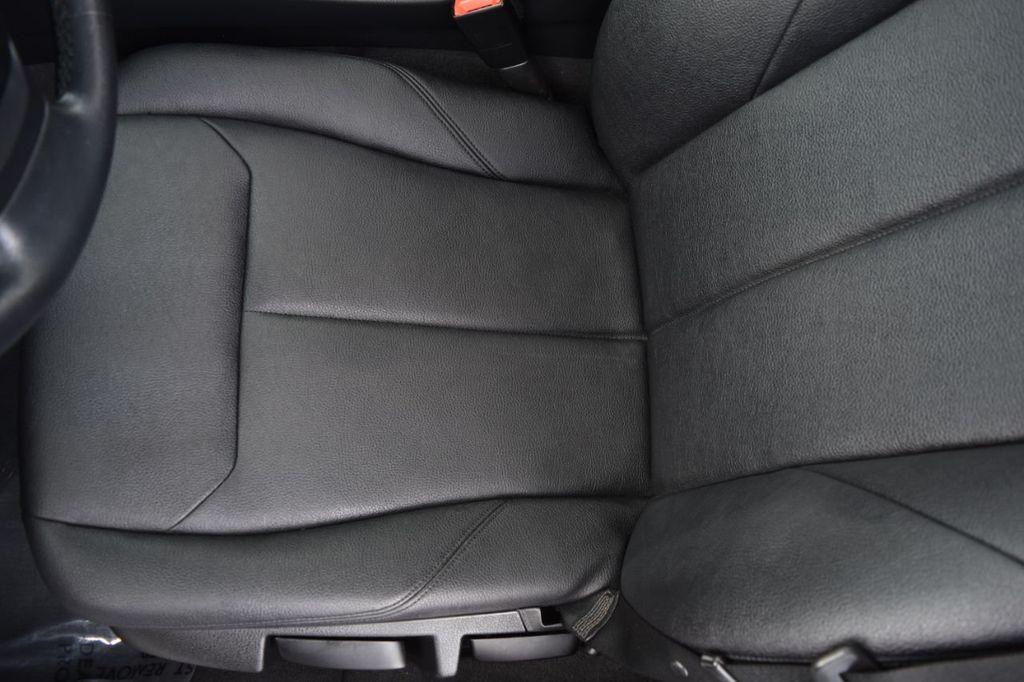 2015 BMW 3 Series 328i xDrive - 18346828 - 42