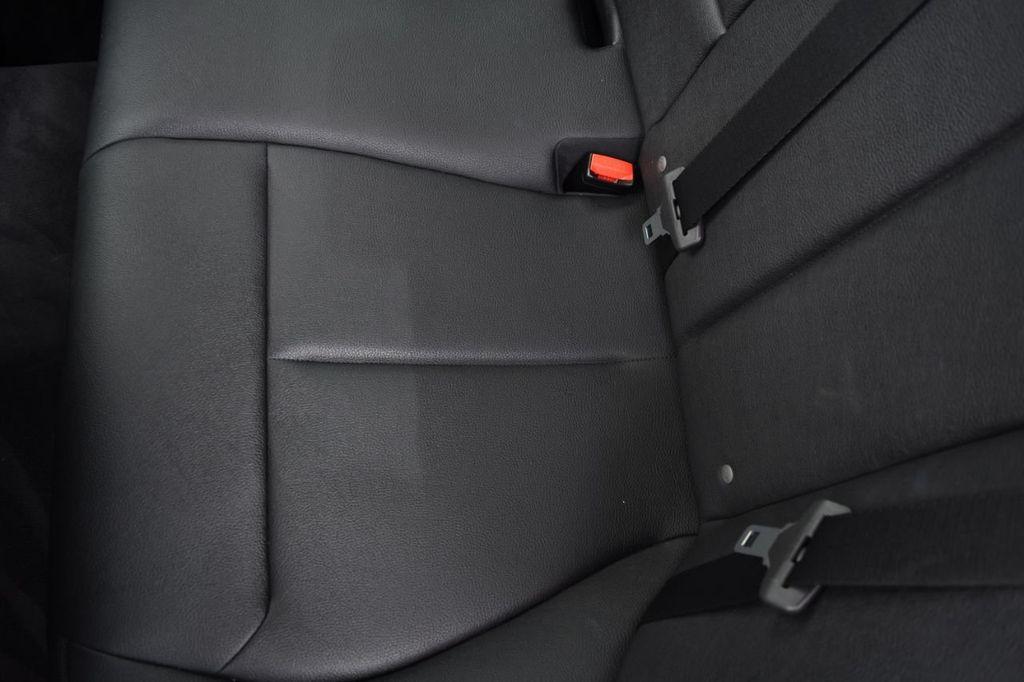 2015 BMW 3 Series 328i xDrive - 18346828 - 44