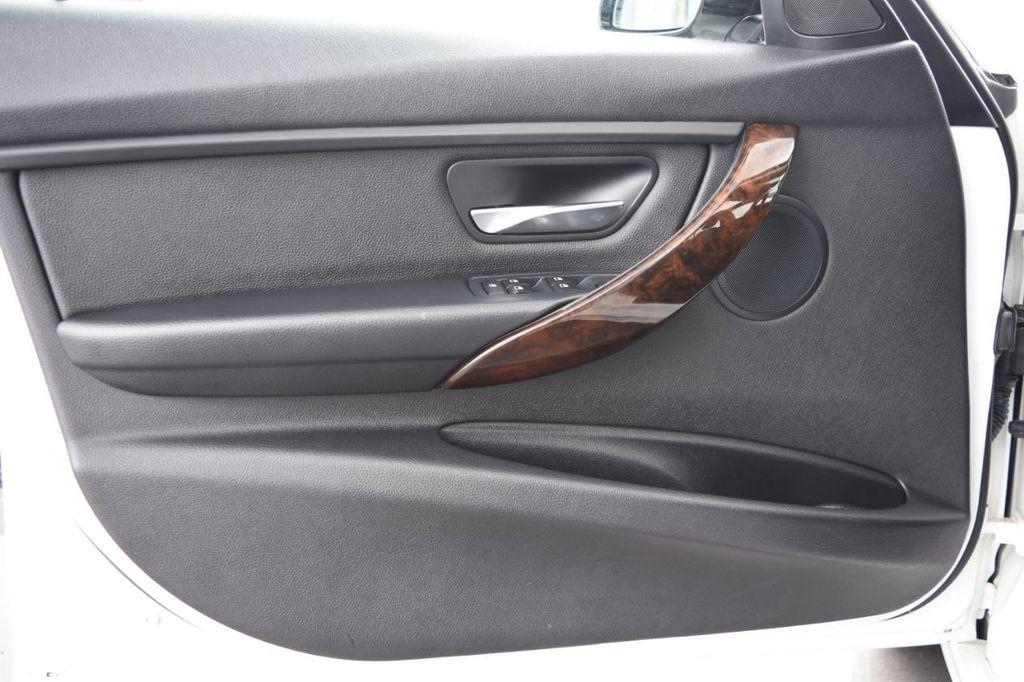 2015 BMW 3 Series 328i xDrive - 18346828 - 46