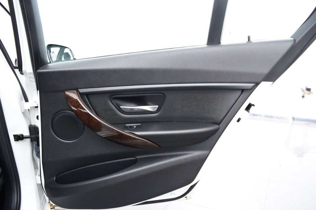 2015 BMW 3 Series 328i xDrive - 18346828 - 49