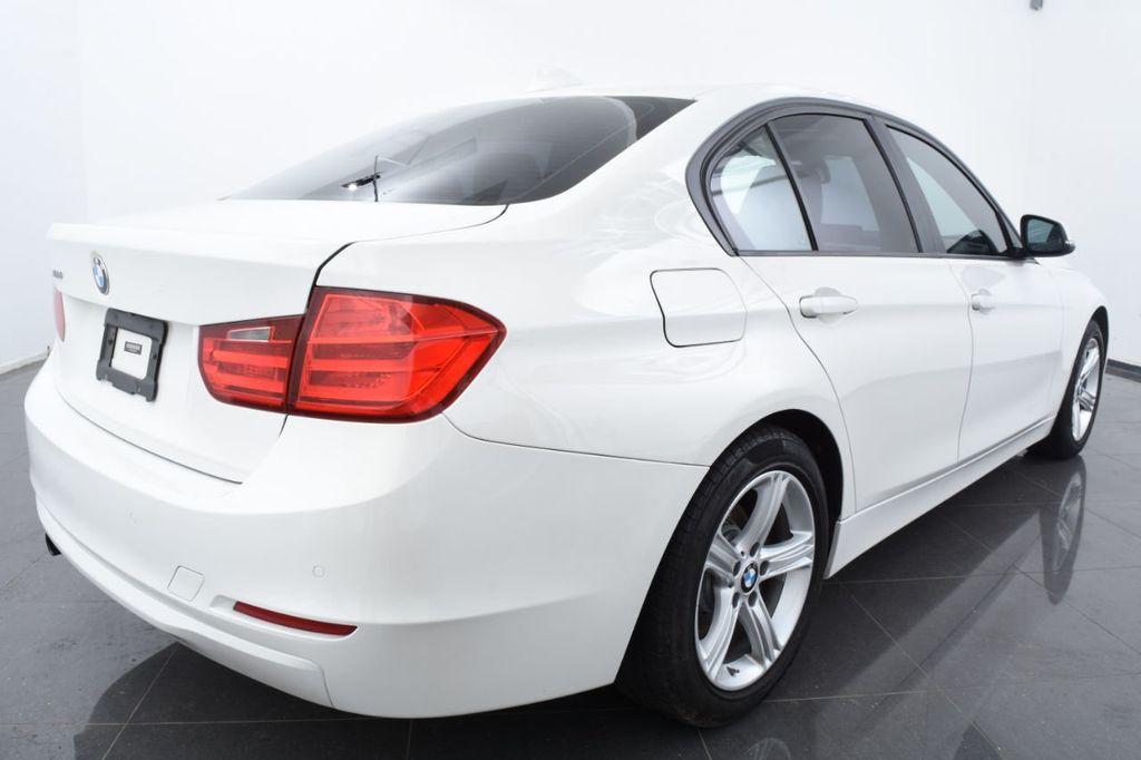 2015 BMW 3 Series 328i xDrive - 18403364 - 9