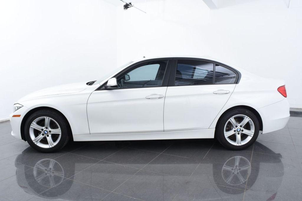 2015 BMW 3 Series 328i xDrive - 18403364 - 10