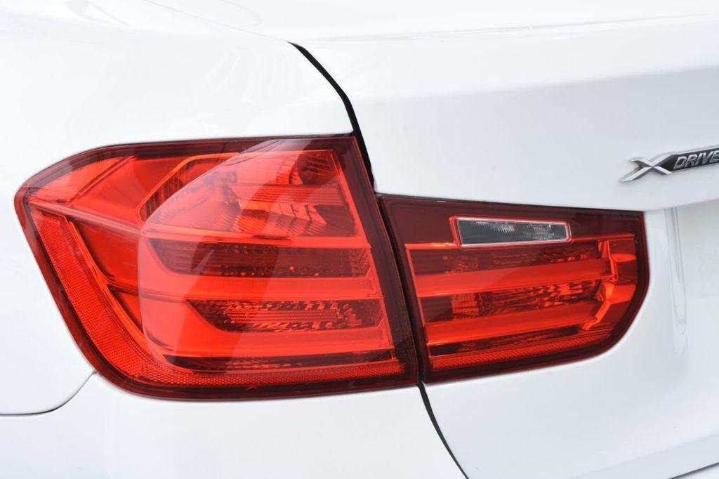 2015 BMW 3 Series 328i xDrive - 18403364 - 14