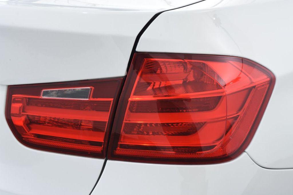 2015 BMW 3 Series 328i xDrive - 18403364 - 15