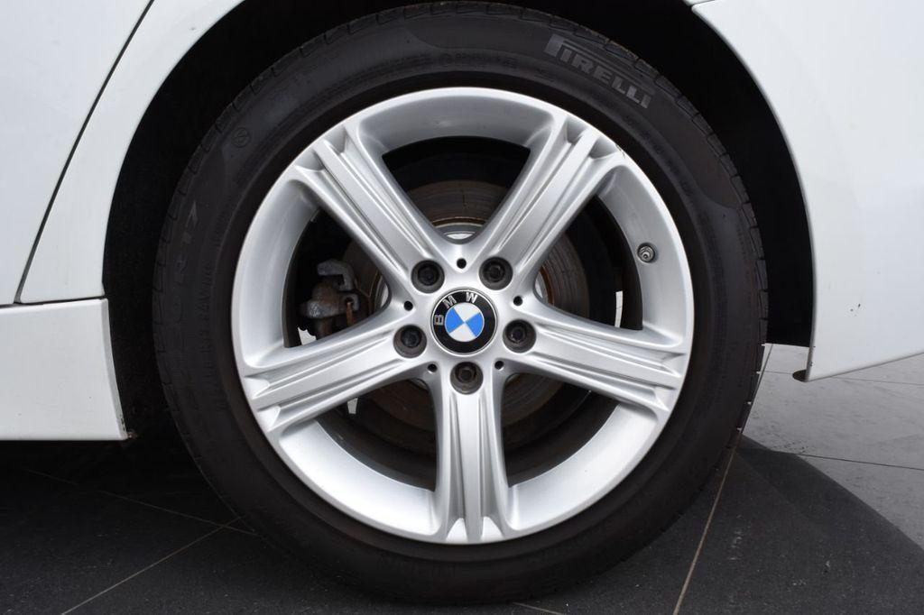 2015 BMW 3 Series 328i xDrive - 18403364 - 17