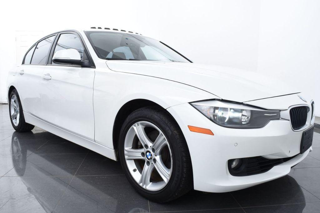 2015 BMW 3 Series 328i xDrive - 18403364 - 1