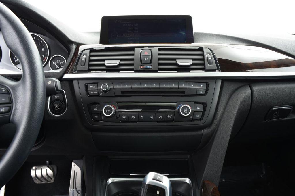 2015 BMW 3 Series 328i xDrive - 18403364 - 28
