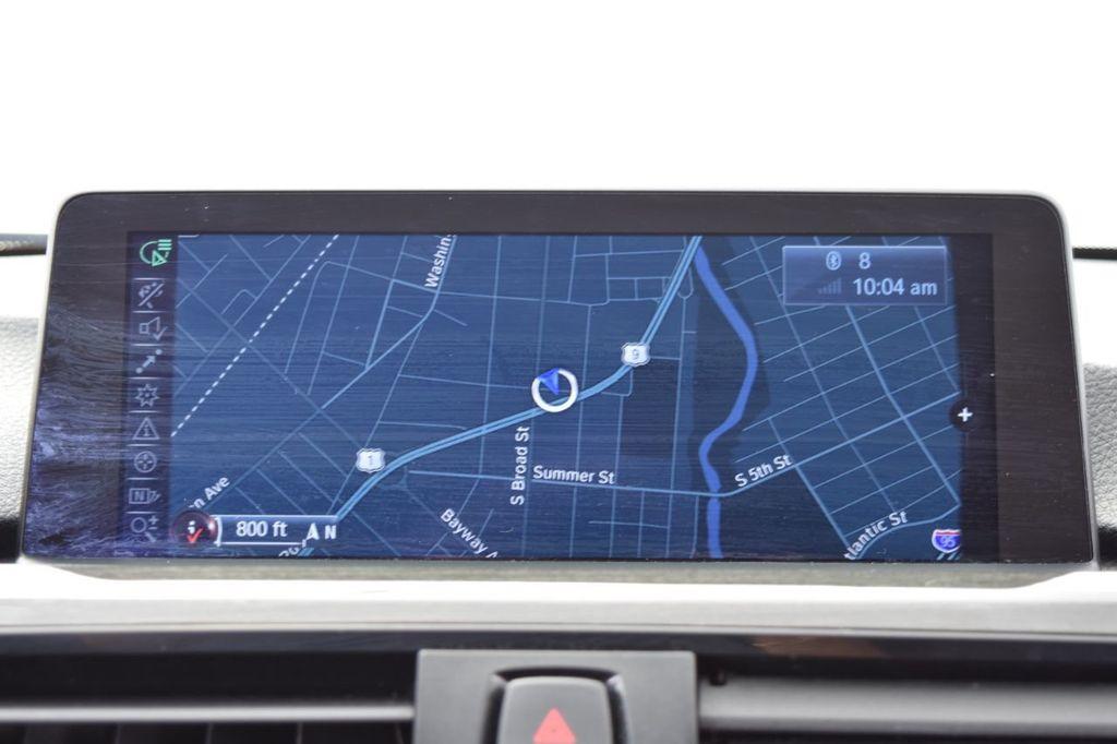2015 BMW 3 Series 328i xDrive - 18403364 - 30