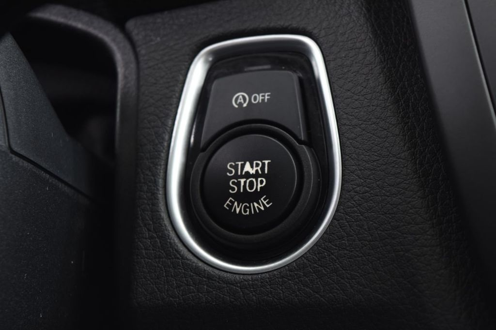 2015 BMW 3 Series 328i xDrive - 18403364 - 38