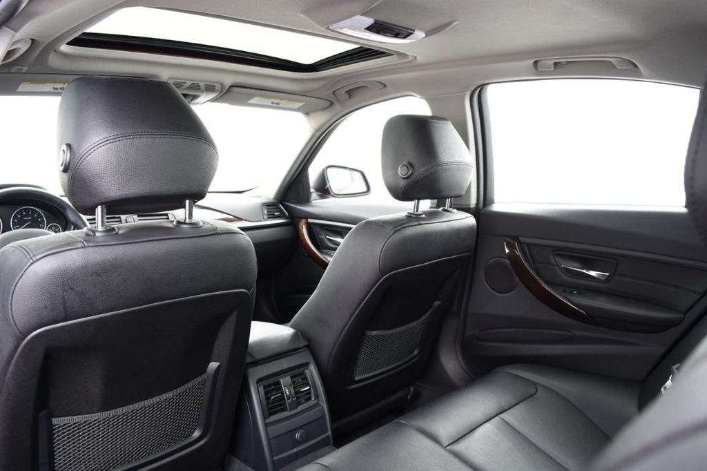 2015 BMW 3 Series 328i xDrive - 18403364 - 42